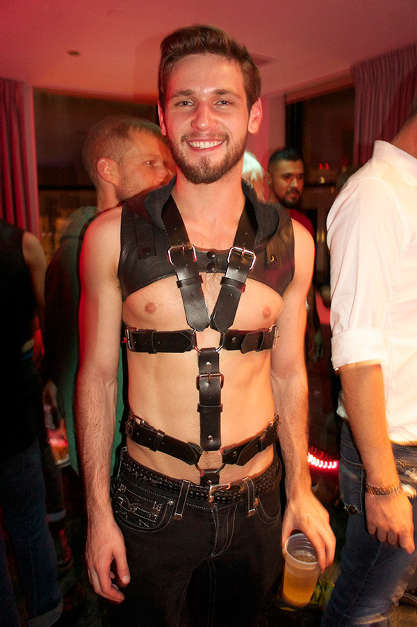 Despite it being IML weekend with Chicago crawling with leather daddies, Duncan Black and Bravo Delta were the only porn stars who came prepared.