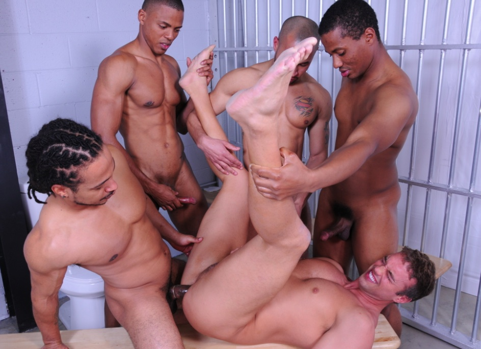 Brutal vaginal fisting gang bang-3134